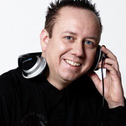 DJ Kicken boeken